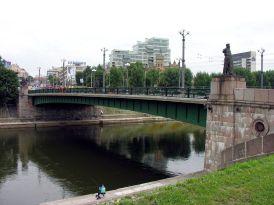 1280px-Vilnius._Zaliasis_tiltas1_2006-08-08