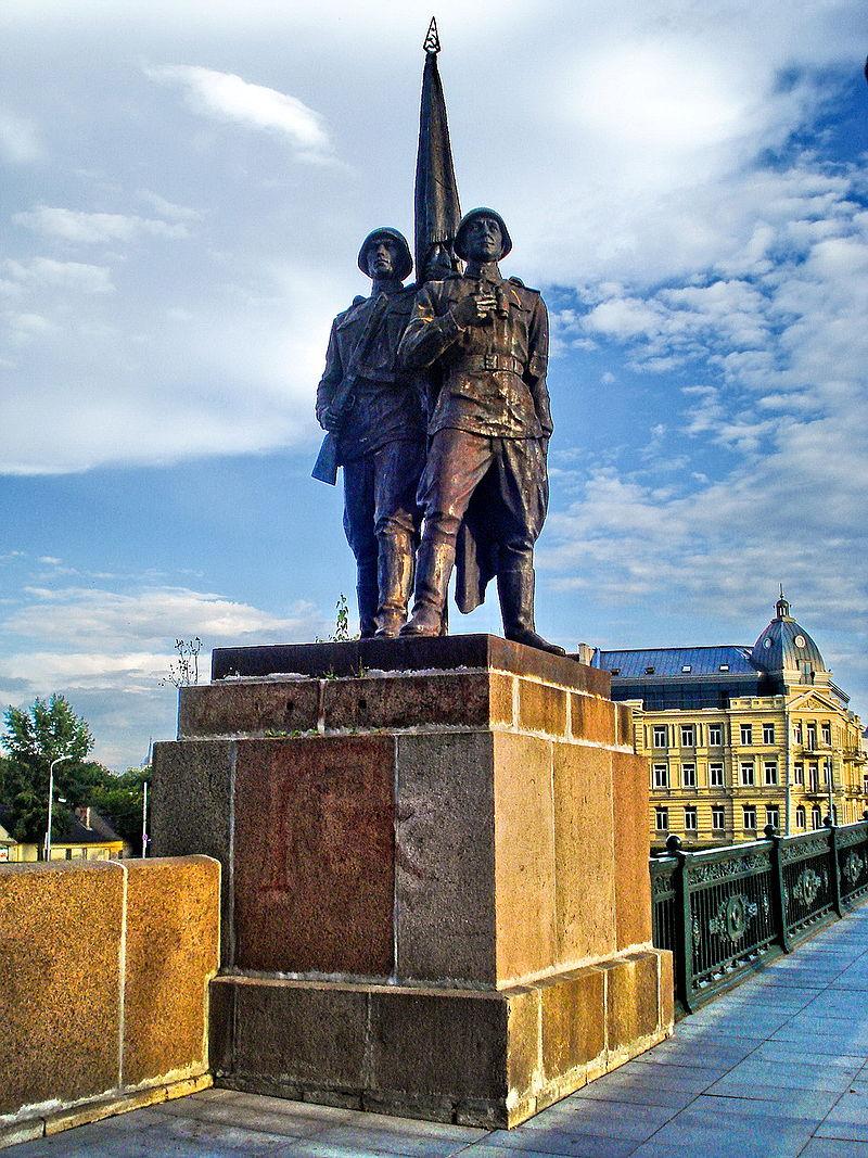 800px-Green_Bridge_in_Vilnius3