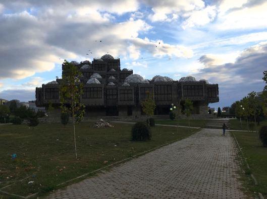 Nationale bibliotheek   Pristina   Kosovo   Oktober 2017   © Martijn Haan
