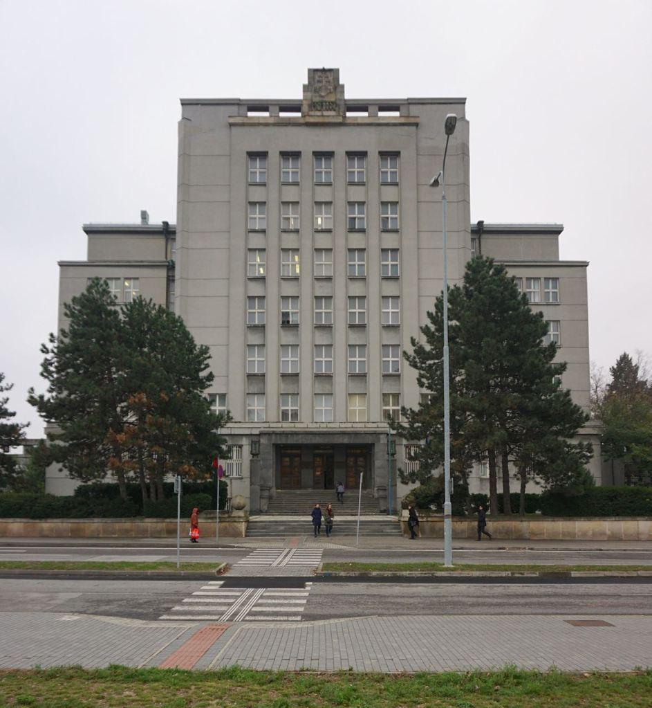 Ministerie van Binnenlandse Zaken | Bratislava | Slowakije | november 2018 | © Martijn Haan
