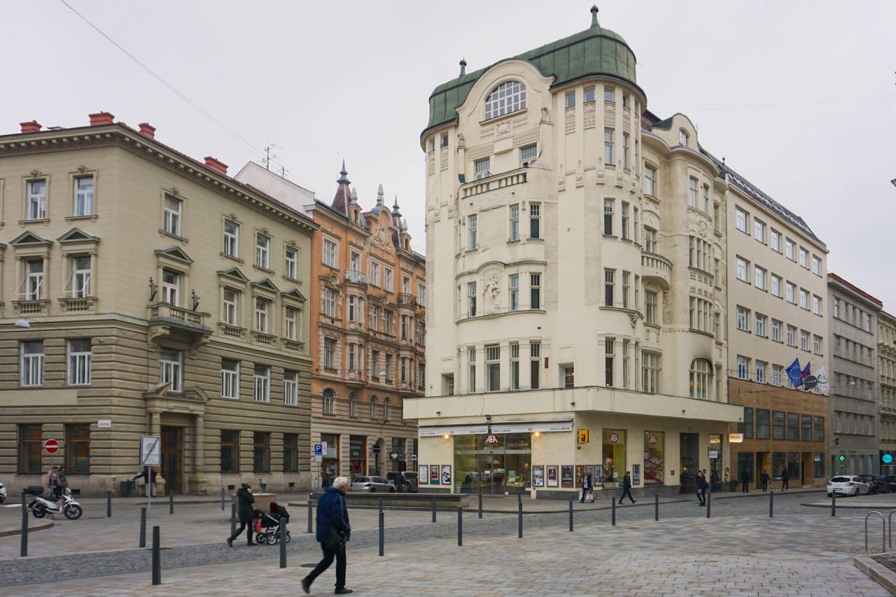 Jakubské náměstí | Brno | Tsjechië | november 2018 | © Martijn Haan