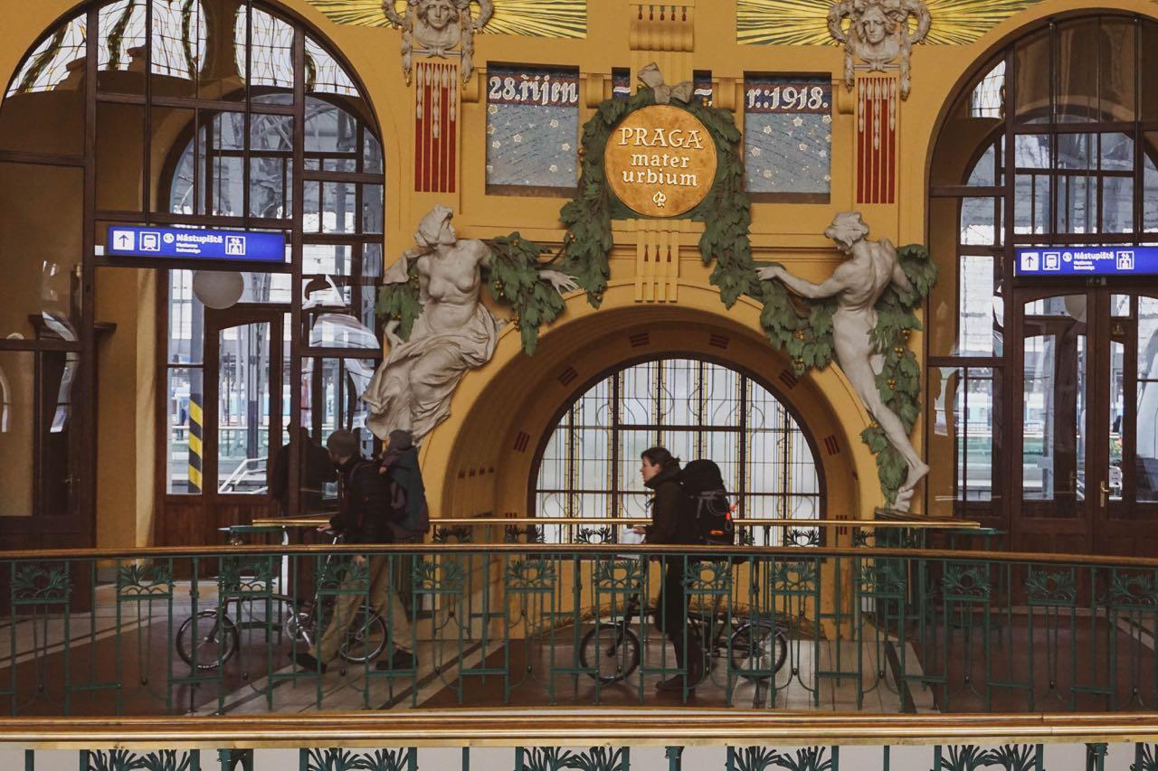 Fantova kavárna | Praag | Tsjechië | november 2018