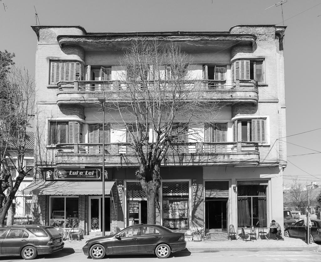 Historisch pand in verval | Korçë | Albanië