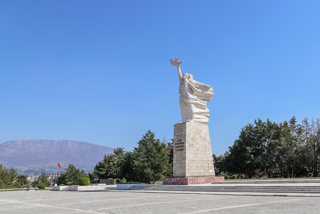 Moeder Albanië (Nena Shqiperi) | Tirana | Albanië