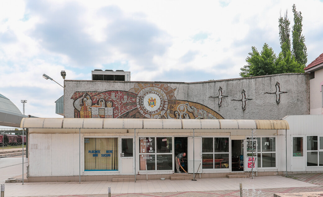 Mozaïek nabij station | Chisinau | Moldavië