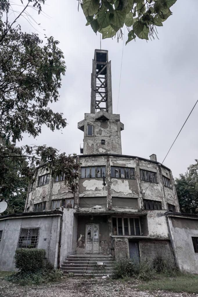 Centrale toren tentoonstellingsterrein Sajmište | Belgrado | Servië